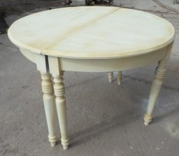 Ümar laud/konsoollaud