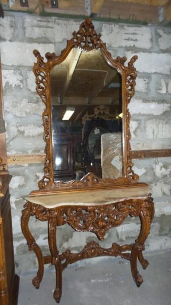 Konsool laud peegliga